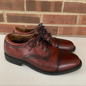 Dockers maroon leather Oxford shoes men's size 9 M